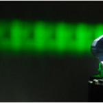 ارتقای کیفیت هولوگرام با استفاده از نور لیزر و صفحه های نوری